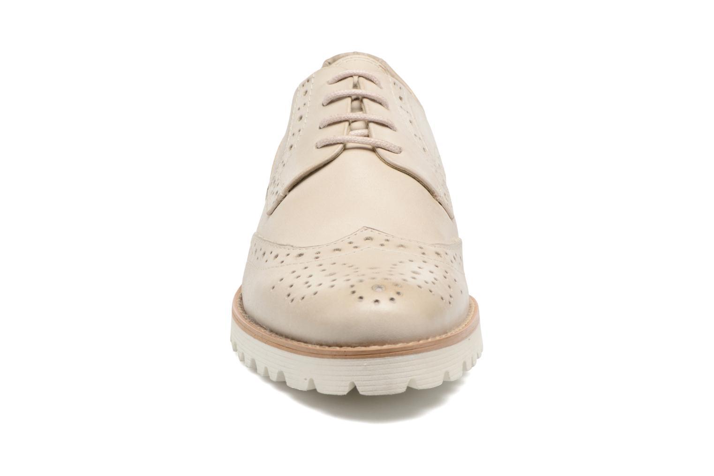 Chaussures à lacets Kickers Pytch Beige vue portées chaussures