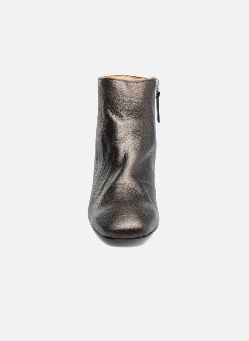 Bottines et boots Georgia Rose Craquel Noir vue portées chaussures