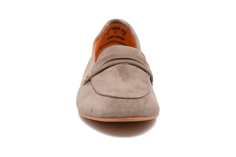 Mocassins Tamaris Slippa Beige vue portées chaussures