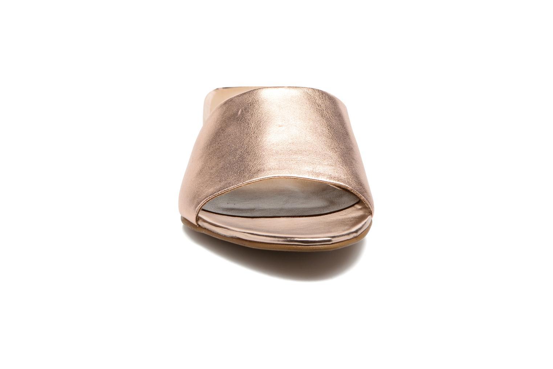 Mules & clogs Tamaris Panta Bronze and Gold model view