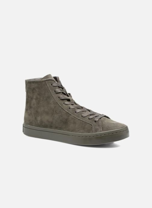 Baskets adidas originals Courtvantage Mid Gris vue détail/paire