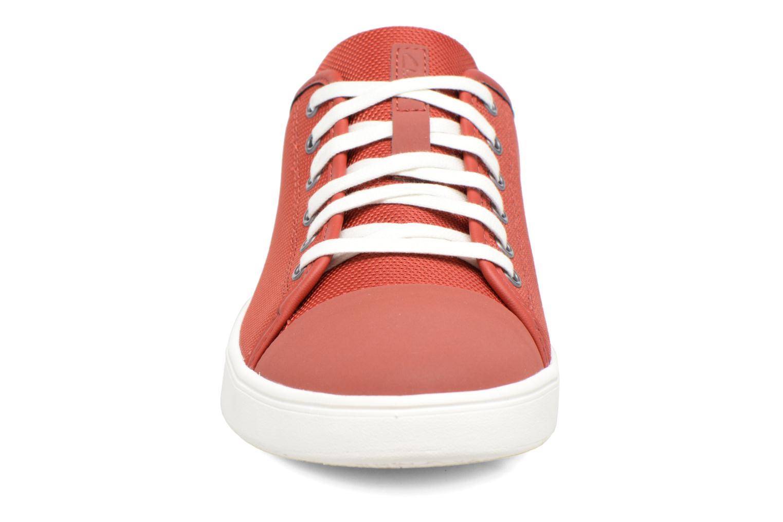 Baskets Clarks Lander Cap Rouge vue portées chaussures