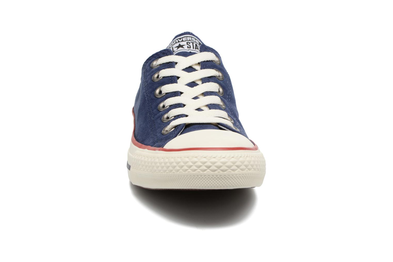 Baskets Converse Chuck Taylor All Star Ombre Wash Ox W Bleu vue portées chaussures
