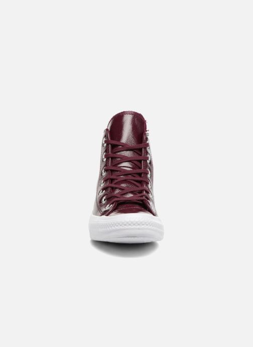 fdba53f775317 Sneaker Converse Chuck Taylor All Star Crinkled Patent Leather Hi weinrot  schuhe getragen