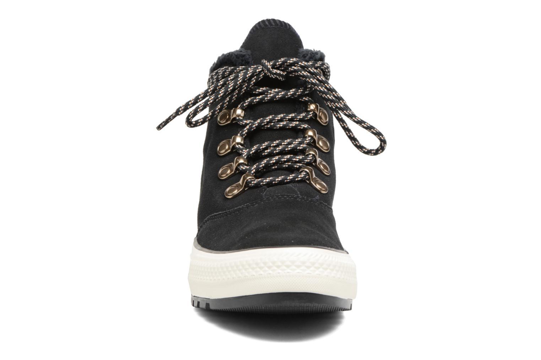 Botines  Converse Chuck Taylor All Star Ember Boot Suede + Fur Hi Negro vista del modelo