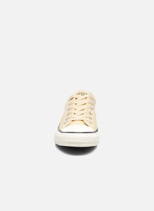 Trainers Converse Chuck Taylor All Star Tumbled Leather Ox Beige model view