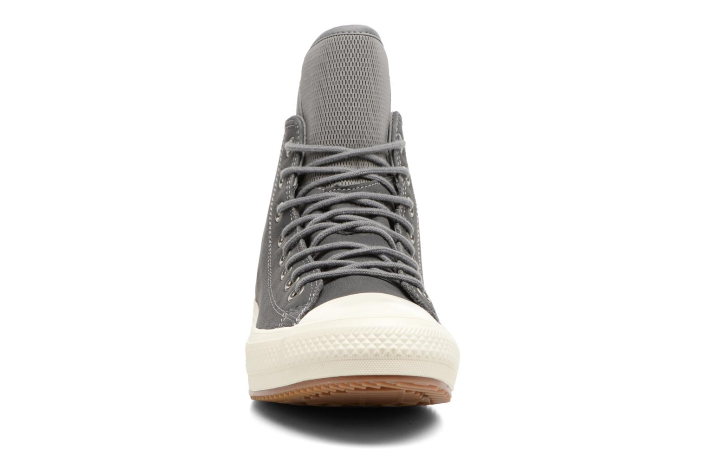 Sneaker Converse Chuck Taylor WP Boot Nubuck Hi grau schuhe getragen