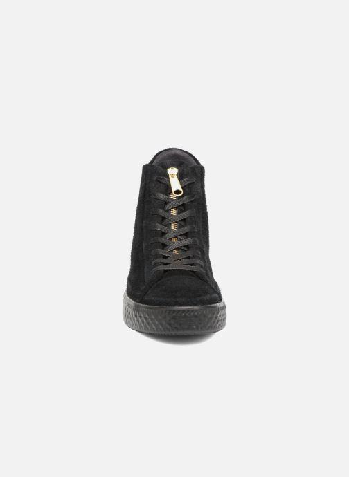 Baskets Converse Chuck Taylor All Star Modern Coated Suede Zip Hi Noir vue portées chaussures