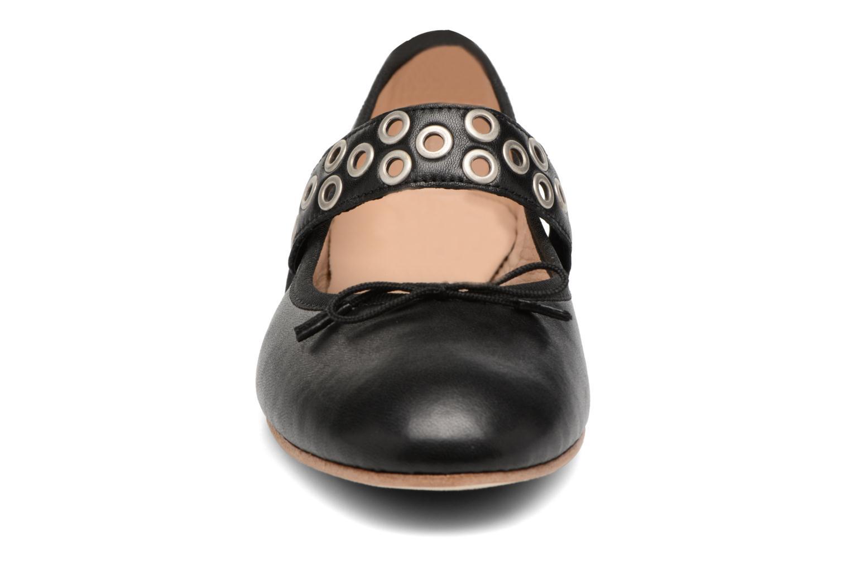 Ballerines Opéra national de Paris Eden Elast Noir vue portées chaussures