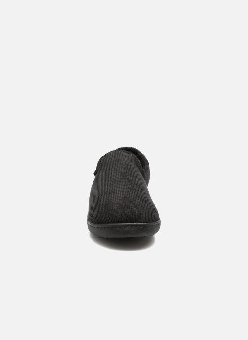 Chaussons Isotoner Charentaise ergonomique velours côtelé Noir vue portées chaussures