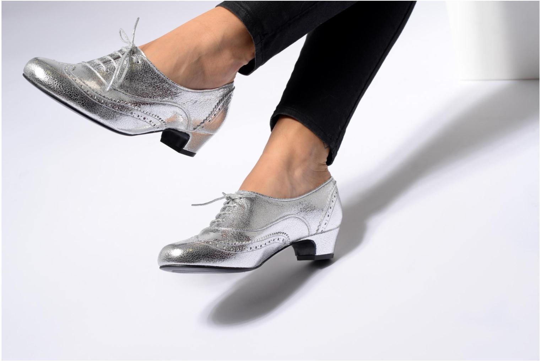 Zapatos con cordones Annabel Winship Uber Plateado vista de abajo