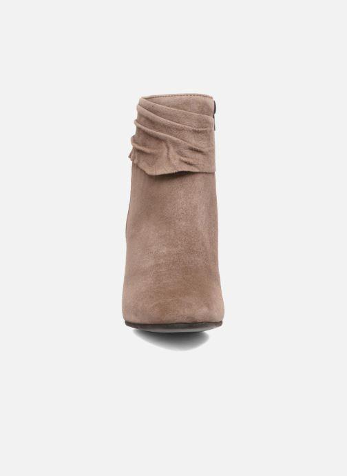 Bottines et boots Elizabeth Stuart Volla Beige vue portées chaussures