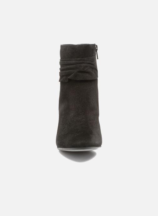 Bottines et boots Elizabeth Stuart Volla Noir vue portées chaussures