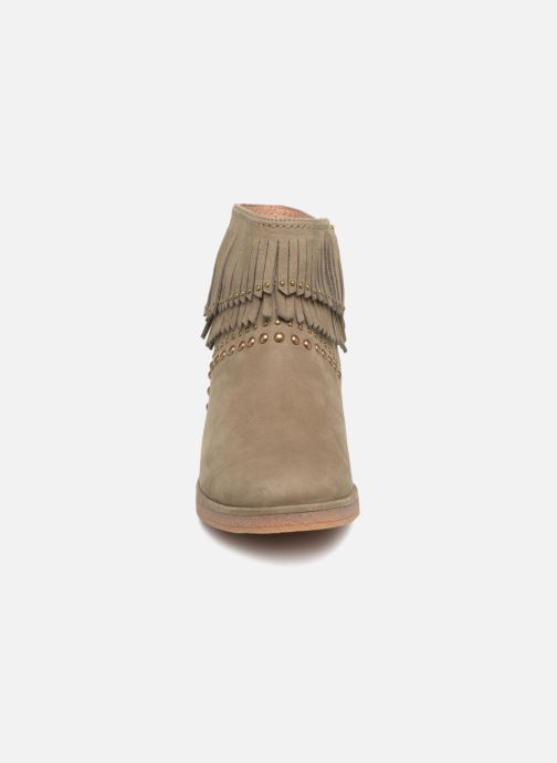 Bottines et boots UGG W Ariane Vert vue portées chaussures