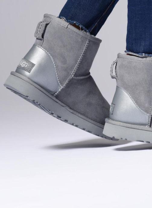 Boots en enkellaarsjes UGG W Classic Mini II Metallic Grijs onder