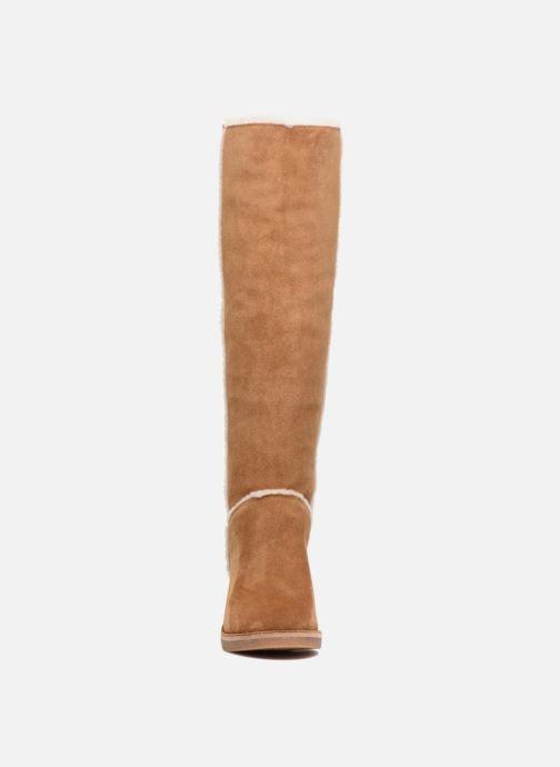 Stövlar & gummistövlar UGG W Kasen Tall Brun bild av skorna på