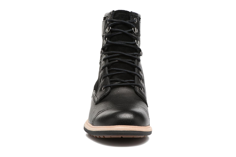 Bottines et boots UGG Magnusson Noir vue portées chaussures
