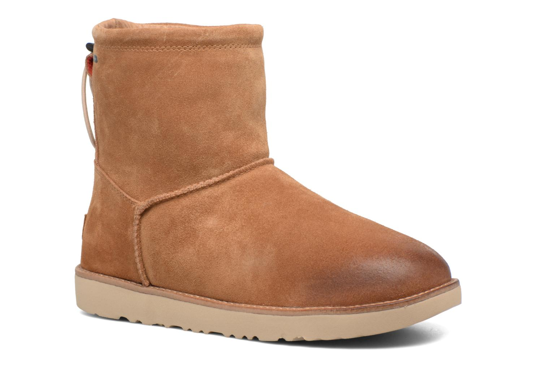 Bottines et boots UGG Classic Toggle Waterproof 2 Marron vue détail/paire