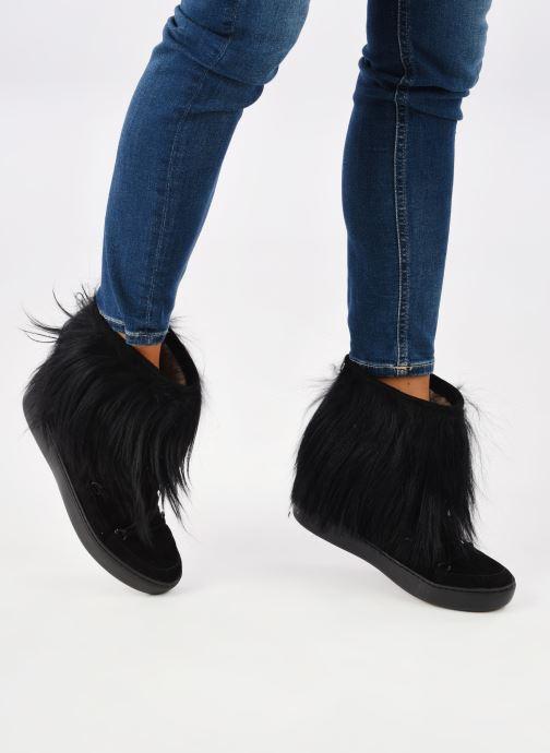 Chaussures de sport Moon Boot Pulse chalet Noir vue bas / vue portée sac
