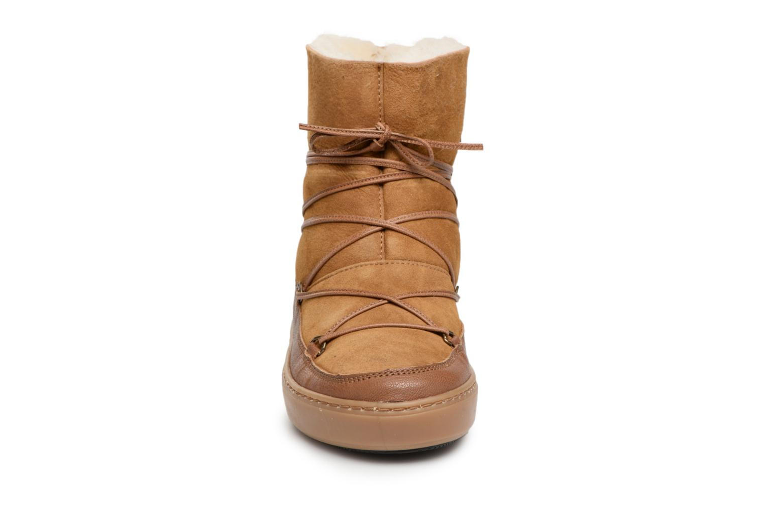 Sport shoes Moon Boot Pulse low shearling Brown model view