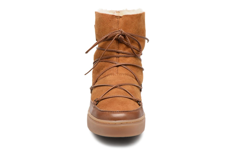 Chaussures de sport Moon Boot Pulse low shearling Marron vue portées chaussures