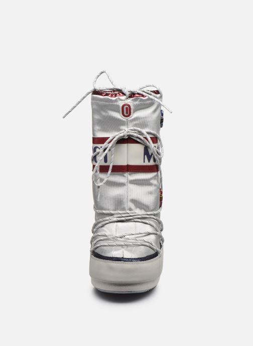 Scarpe sportive Moon Boot Space suit Bianco modello indossato