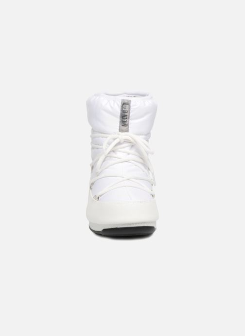 Scarpe sportive Moon Boot Low Nylon Bianco modello indossato