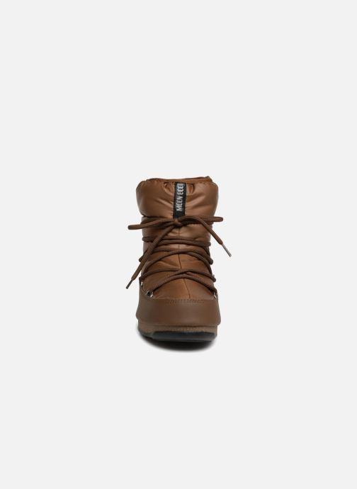 Chaussures de sport Moon Boot Low Nylon Marron vue portées chaussures