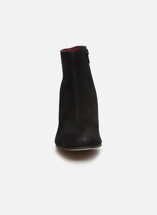 Boots en enkellaarsjes MTNG Blanchia Zwart model