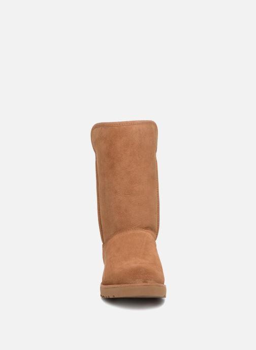 Bottes UGG W Michelle Marron vue portées chaussures