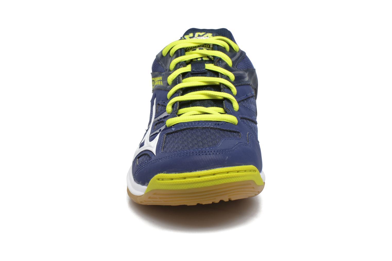 Chaussures de sport Mizuno THUNDER BLADE Bleu vue portées chaussures