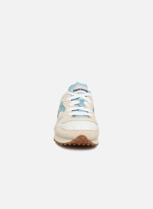 Sneakers Saucony Dxn Trainer Vintage W Beige modello indossato