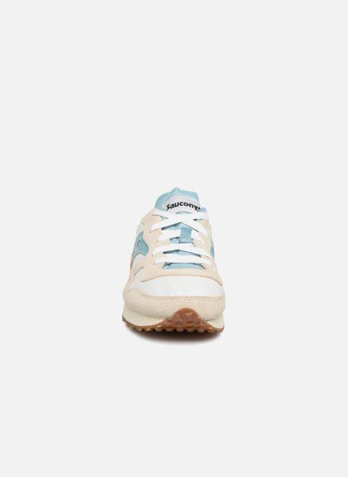 Baskets Saucony Dxn Trainer Vintage W Beige vue portées chaussures