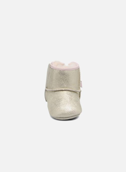 Chaussons UGG Jesse Bow II K Or et bronze vue portées chaussures