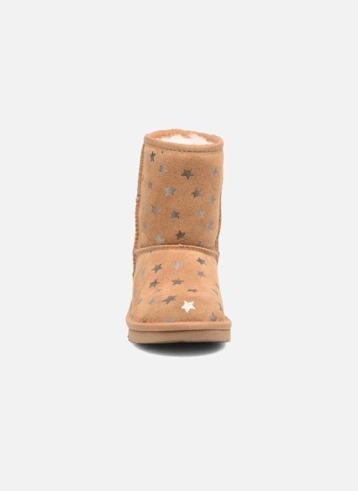 Bottes UGG Classic Short II Stars K Marron vue portées chaussures