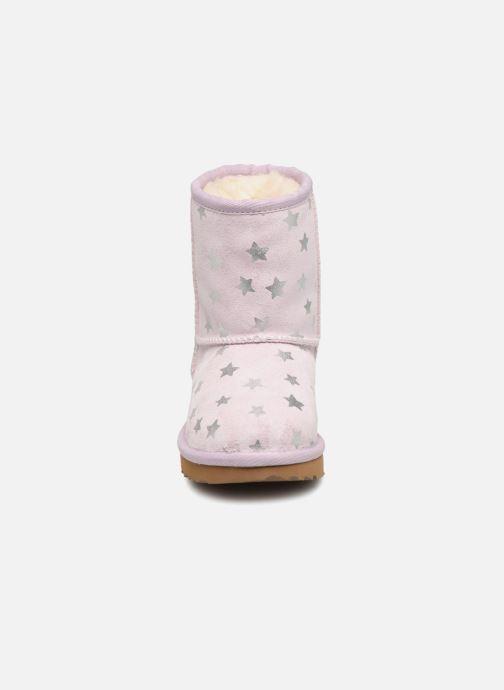 Bottes UGG Classic Short II Stars K Violet vue portées chaussures