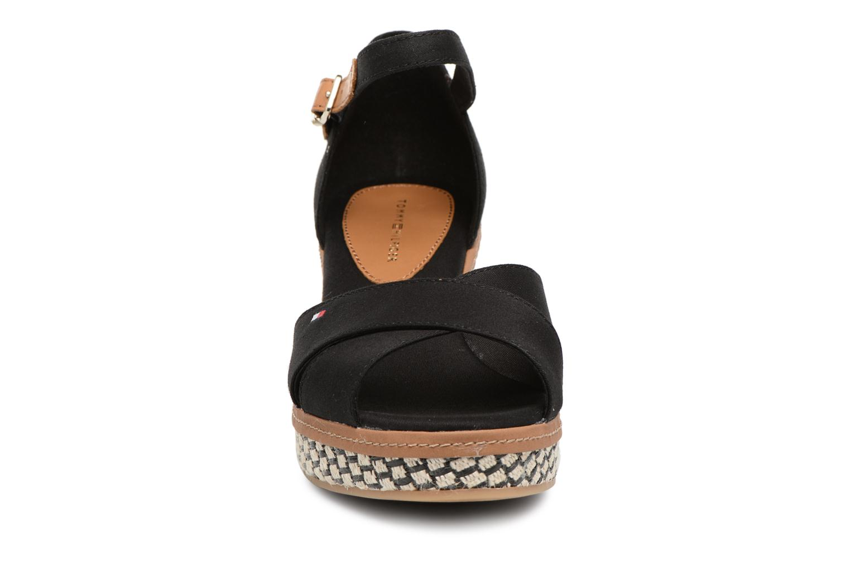 Sandales et nu-pieds Tommy Hilfiger ICONIC ELBA SANDAL BASIC Noir vue portées chaussures