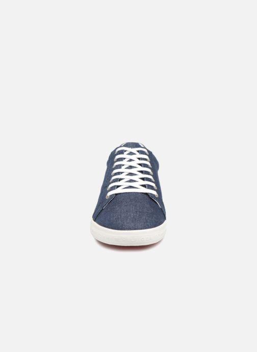 Baskets Tommy Hilfiger ESSENTIAL LONG LACE SNEAKER Bleu vue portées chaussures
