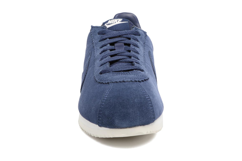 Baskets Nike Classic Cortez Se Bleu vue portées chaussures
