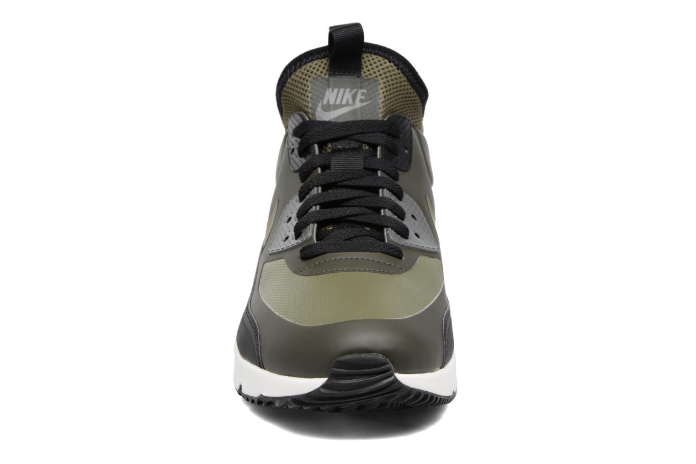 Baskets Nike Air Max 90 Ultra Mid Winter Vert vue portées chaussures