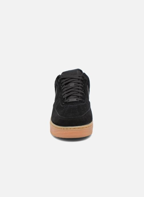 Nike Air Force 1 '07 Lv8 Suede (Noir) Baskets chez Sarenza