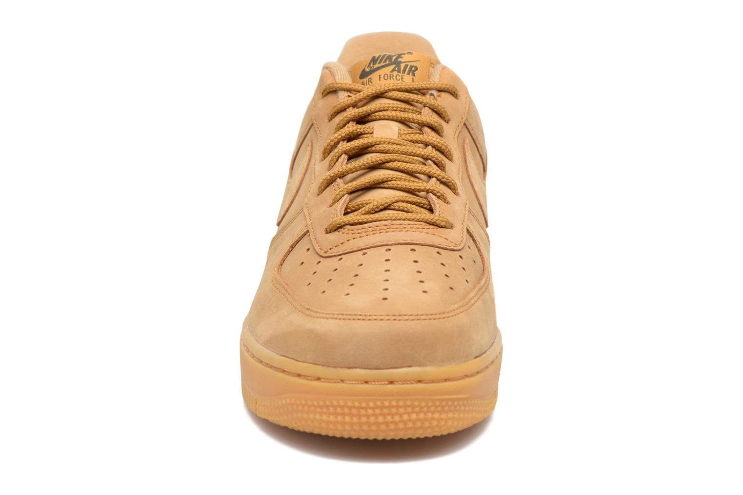 Trainers Nike Air Force 1 '07 Wb Brown model view