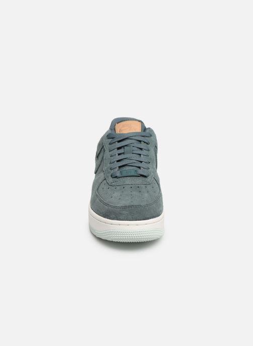 Sneaker Nike Wmns Air Force 1 '07 Prm grün schuhe getragen