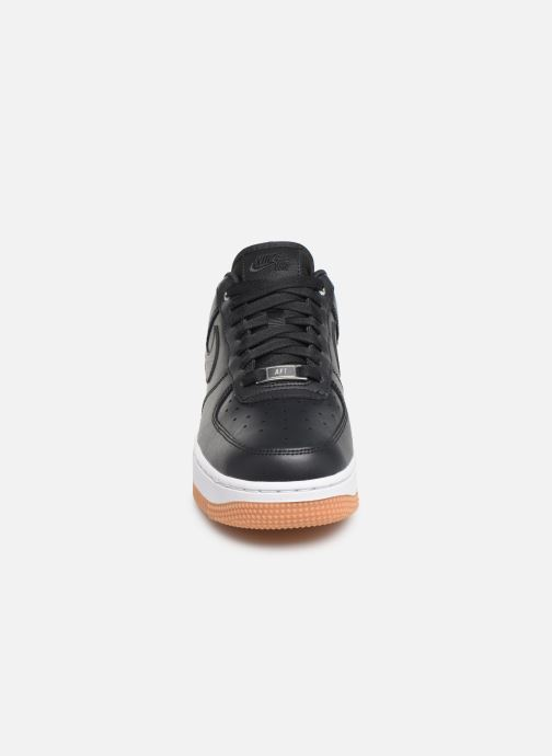 Baskets Nike Wmns Air Force 1 '07 Prm Noir vue portées chaussures