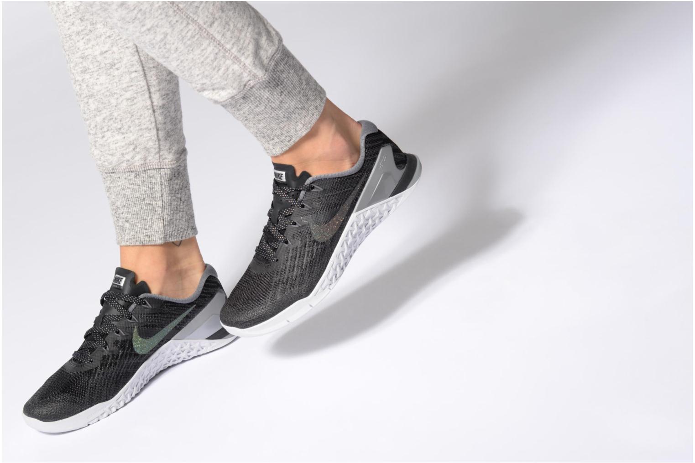 Sportschuhe Nike Wmns Nike Metcon 3 Mtlc blau ansicht von unten / tasche getragen