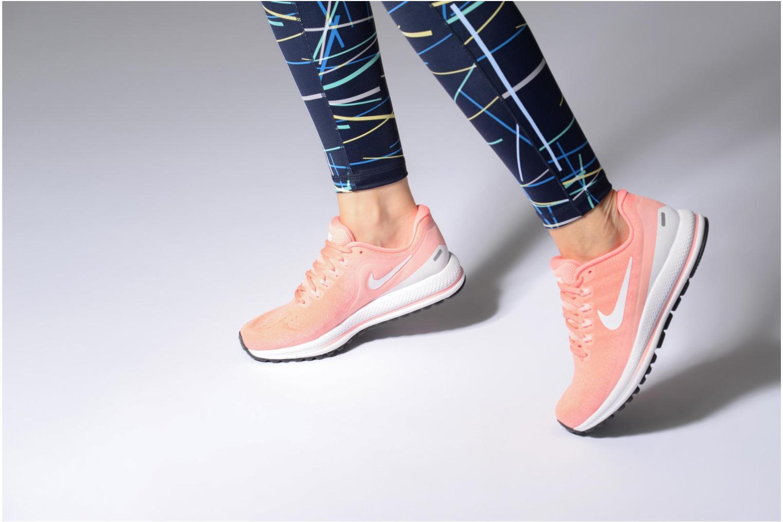 Chaussures de sport Nike Wmns Nike Air Zoom Vomero 13 Rose vue bas / vue portée sac