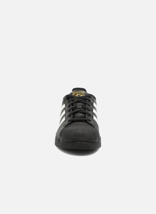 Baskets adidas originals Adidas Superstar Foundation W Noir vue portées chaussures