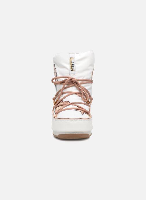Stivaletti e tronchetti Moon Boot Moon Boot Peace Bianco modello indossato