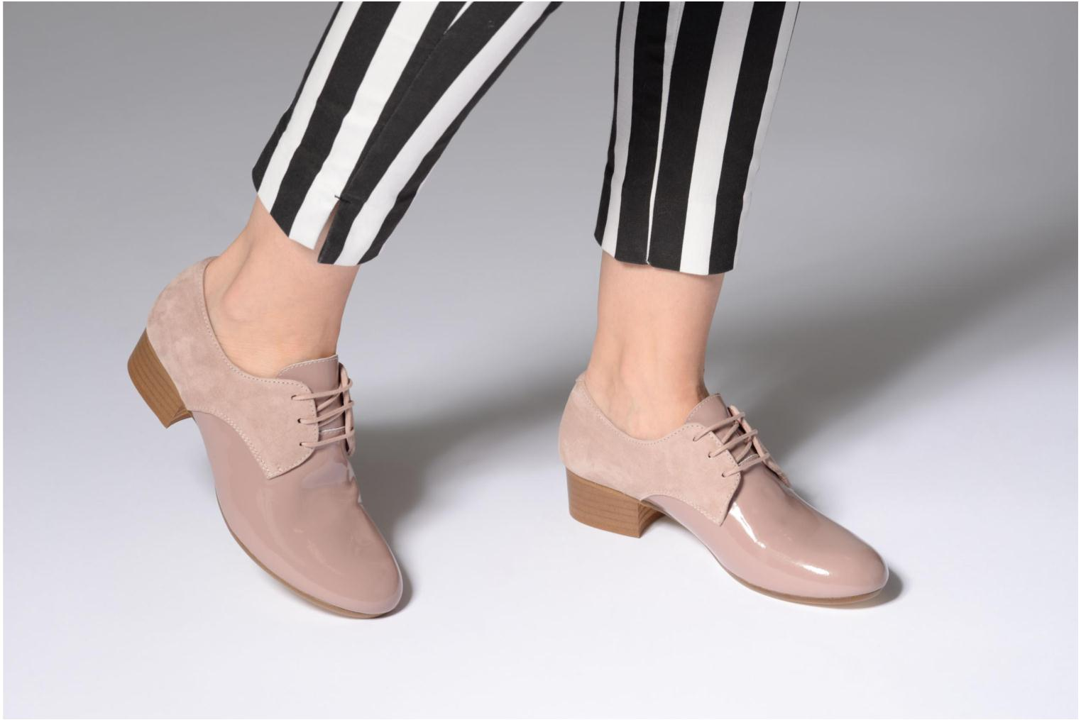 Lace-up shoes Ippon Vintage Chalk farm Pink view from underneath / model view