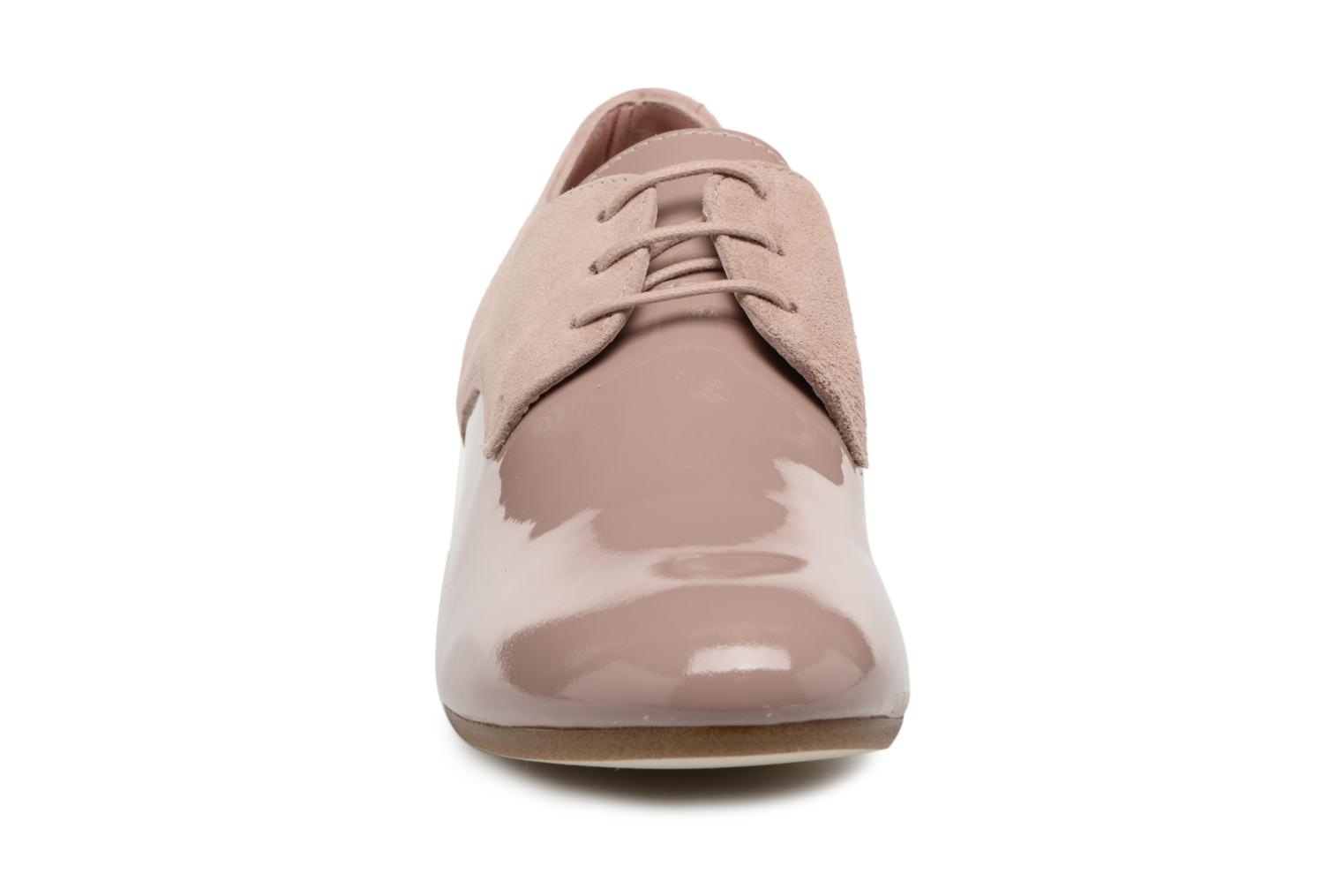 Lace-up shoes Ippon Vintage Chalk farm Pink model view